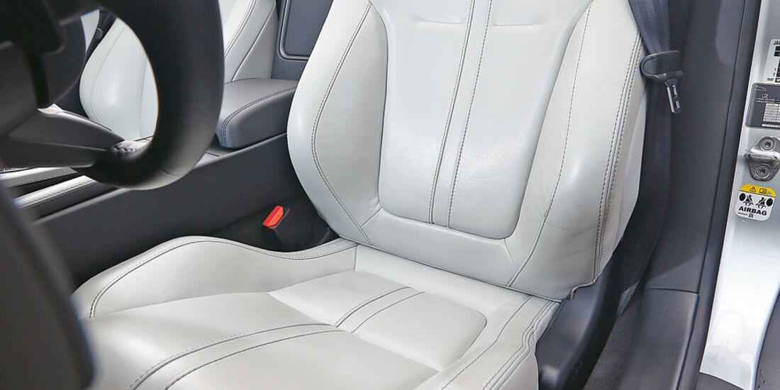 Jaguar F-Type, Fahrersitz