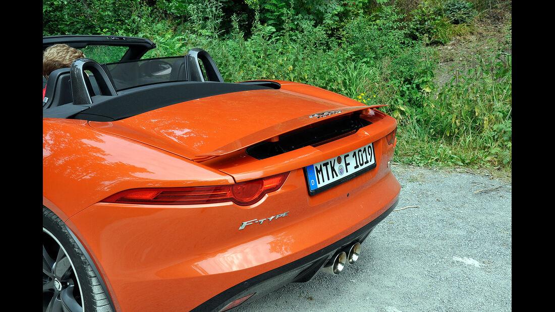 Jaguar F-Type, Heckflügel