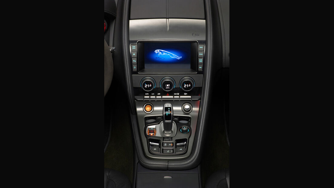 Jaguar F-Type, Mittelkonsole