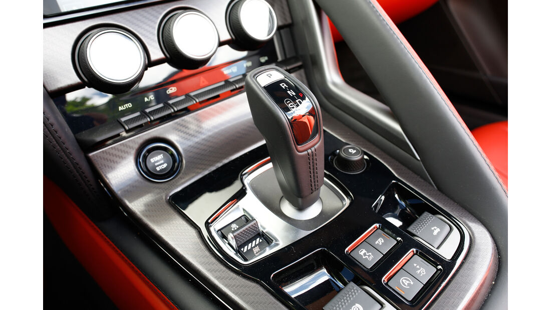 Jaguar F-Type R AWD Cabriolet, Schalthebel