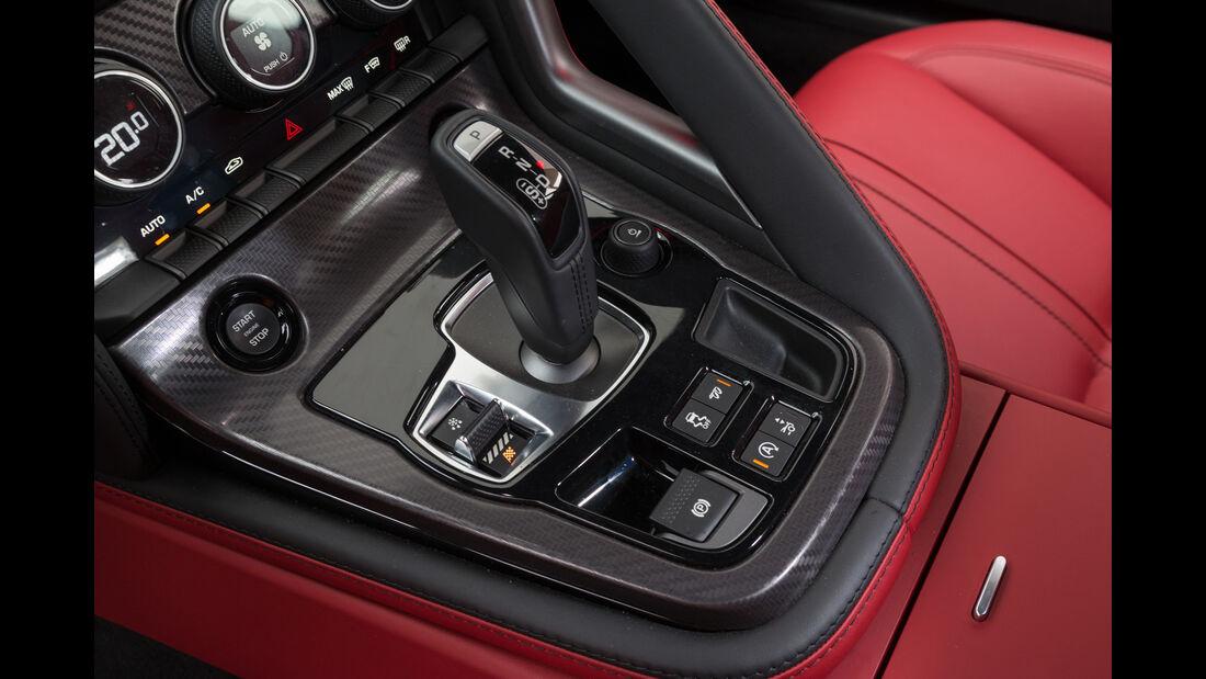 Jaguar F-Type R AWD Coupé, Bedienelemente