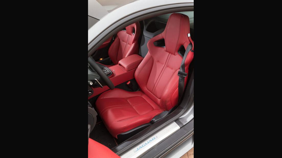 Jaguar F-Type R AWD Coupé, Fahrersitz