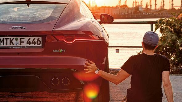 Jaguar F-Type R AWD Coupé, Heckansicht