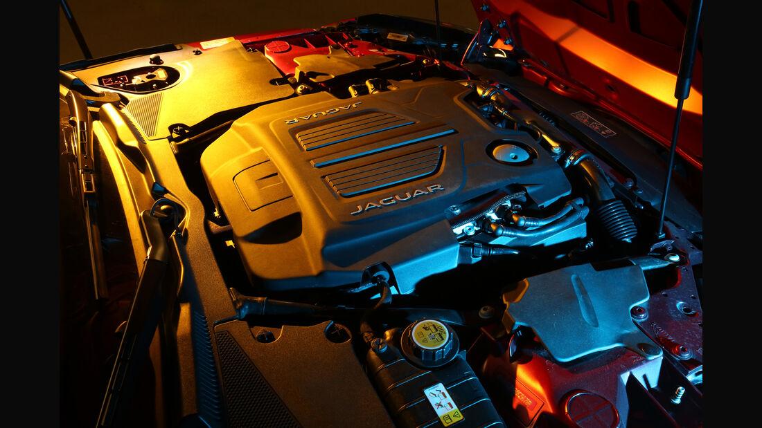 Jaguar F-Type R AWD, Motor