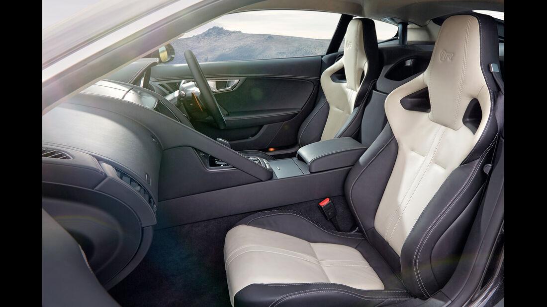 Jaguar F-Type R Coupé, Cockpit