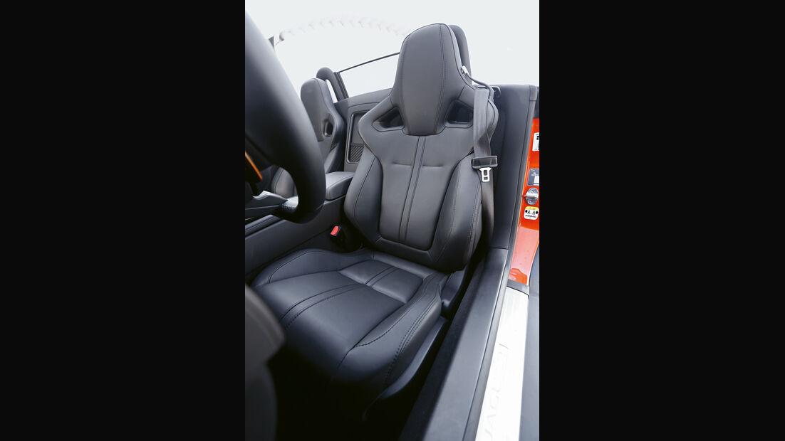 Jaguar F-Type S, Fahrersitz