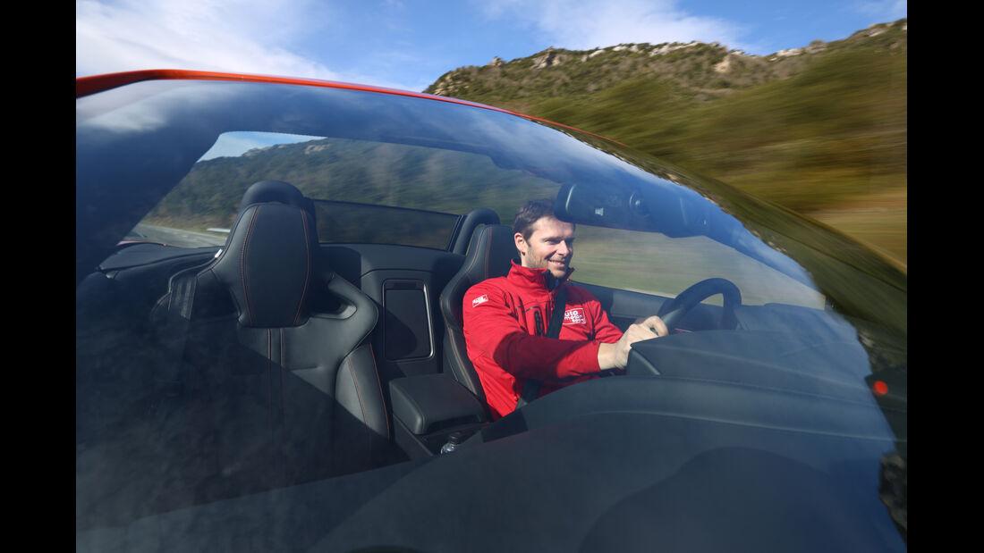Jaguar F-Type S, Frontschutzscheibe, Fahrer
