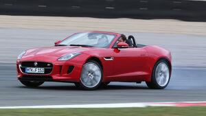 Jaguar F-Type, Seitenansicht, Driften