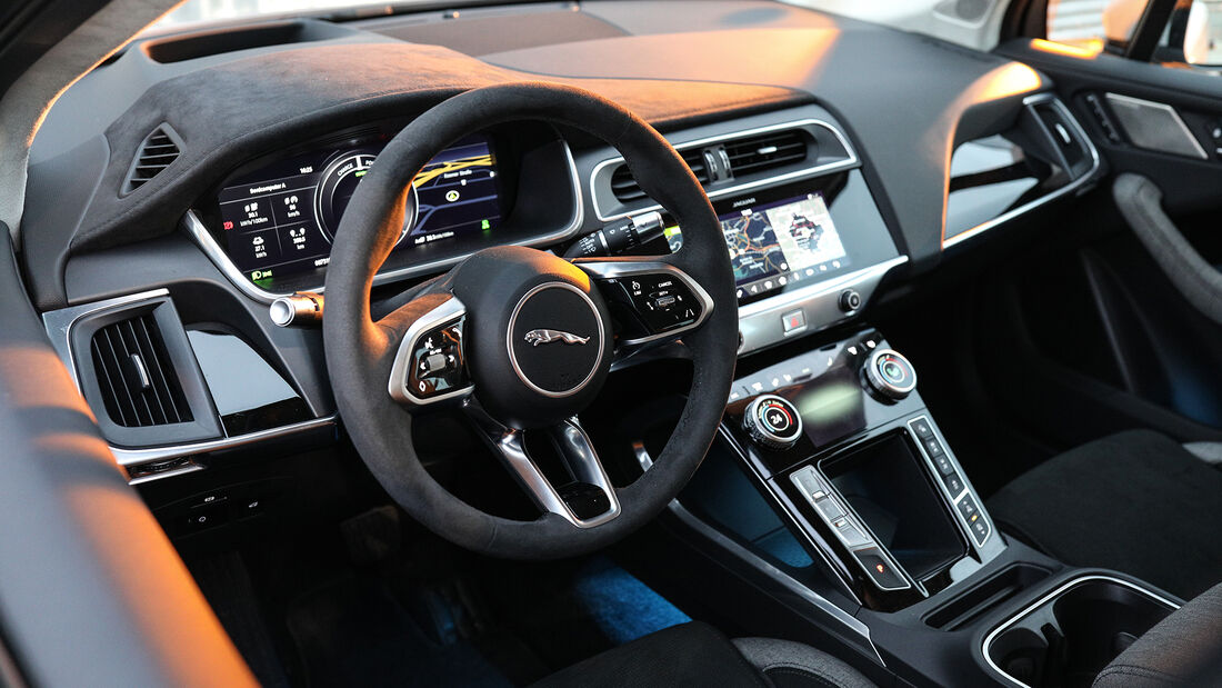 Jaguar I-Pace HSE, Interieur