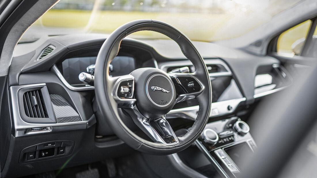 Jaguar I-Pace, Interieur