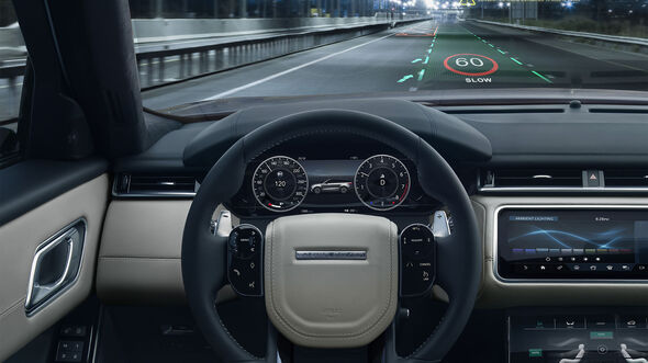 Jaguar Land Rover 3D Display Navigation HUD