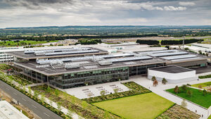 Jaguar Land Rover JLR Technologie Zentrum Gaydon