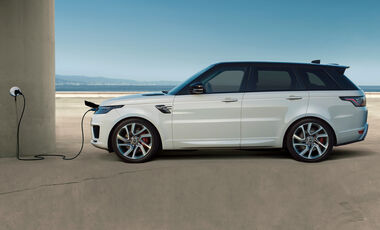 Jaguar Land Rover Plug-In Advertorial