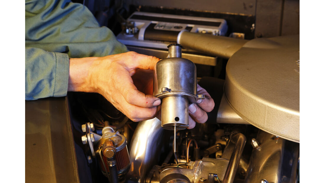 Jaguar MK 2, SU-Vergaser, Kolben, Nadel, Detail