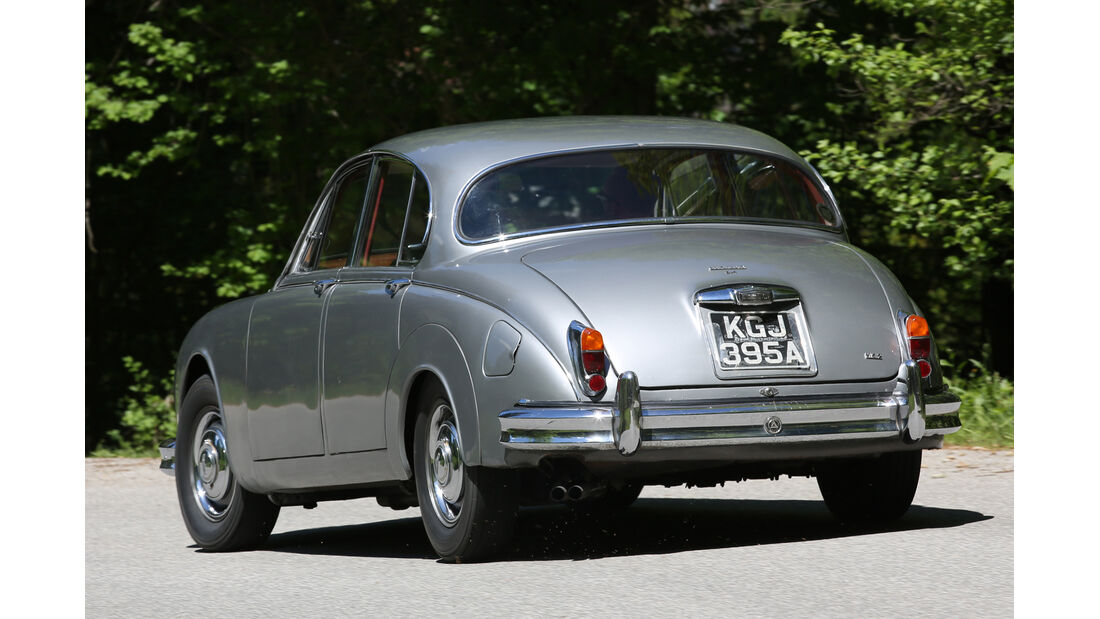 Jaguar MK II, Heckansicht
