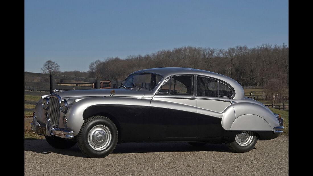 Jaguar MK IX, Kofferraum