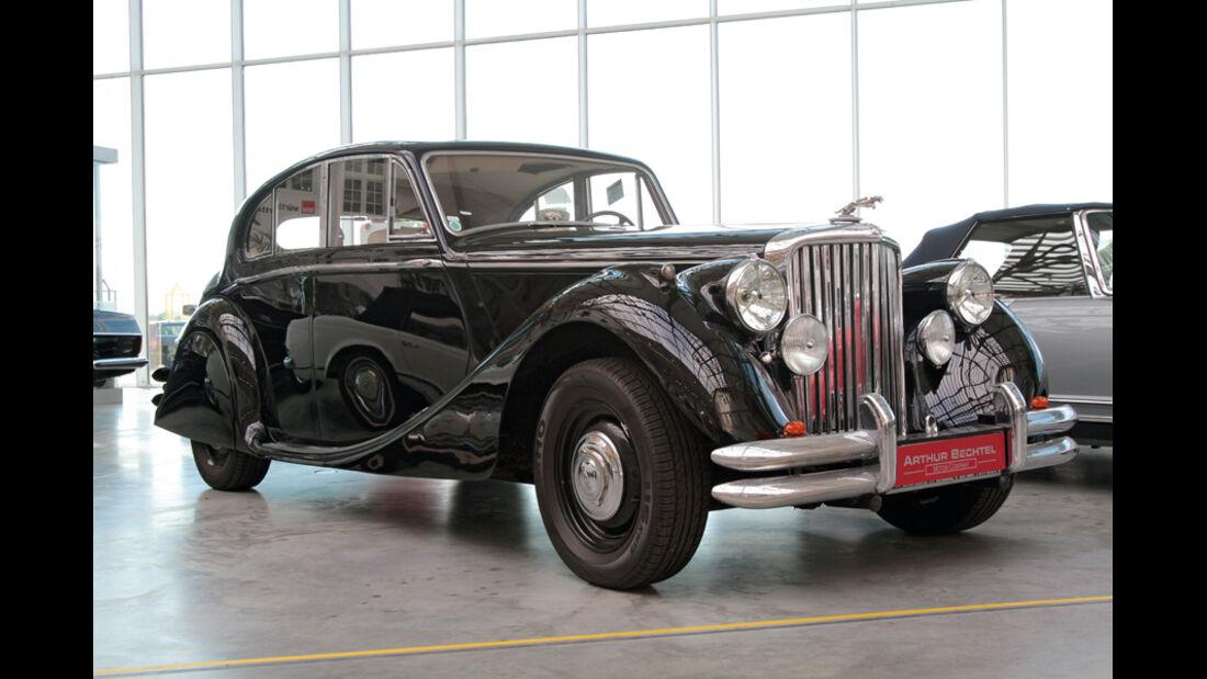 Jaguar Mark V, Seitenansicht