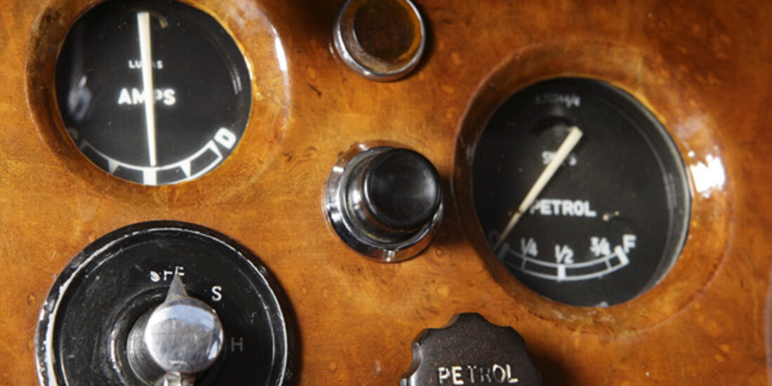 Jaguar Mark VII, Armaturenbrett
