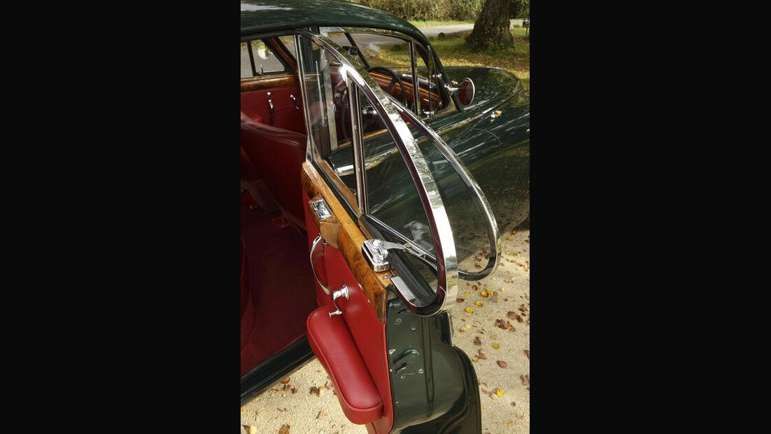 Jaguar Mark VII, Türe