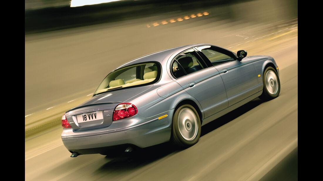Jaguar S-Type 2.7 Diesel, Heckansicht