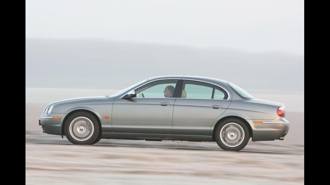 Jaguar S-Type 2.7 Diesel, Seitenansicht