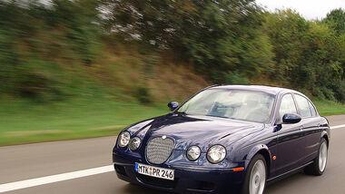Jaguar S-Type R 25