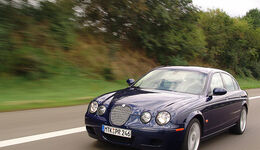 Jaguar S-Type R 25
