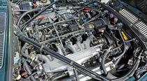 Jaguar  V12, Motor