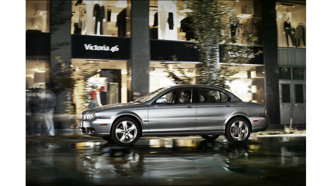 Jaguar X-Type Estate, Seitenansicht