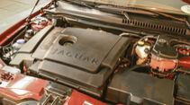 Jaguar X-Type, Motor