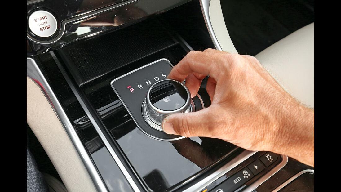 Jaguar XE 20d, Bedienelement