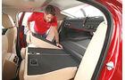 Jaguar XE 20d, Fondsitze, Umklappen