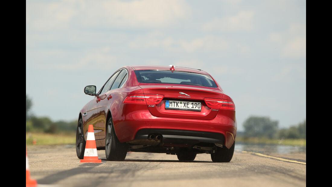 Jaguar XE 20d, Heckansicht