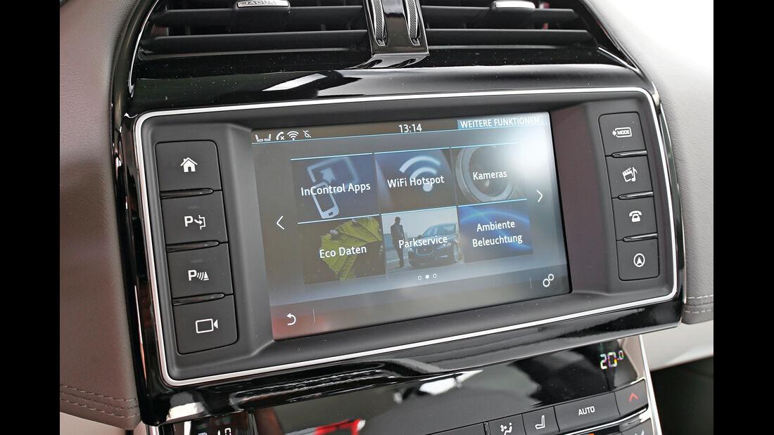 Jaguar XE 25t, Assistenzsysteme, Touchscreen