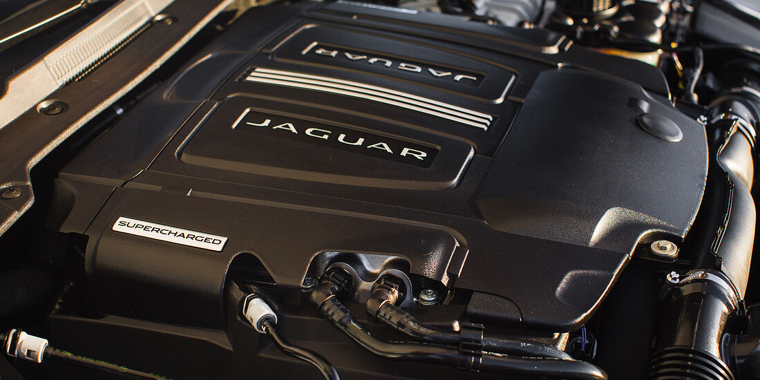 Jaguar XE-S 3.0