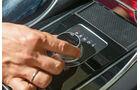 Jaguar XE S, Bedienelement