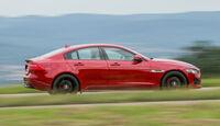 Jaguar XE S, Seitenansicht