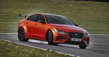 Jaguar XE SV Project 8, SVO, Power-Limousine
