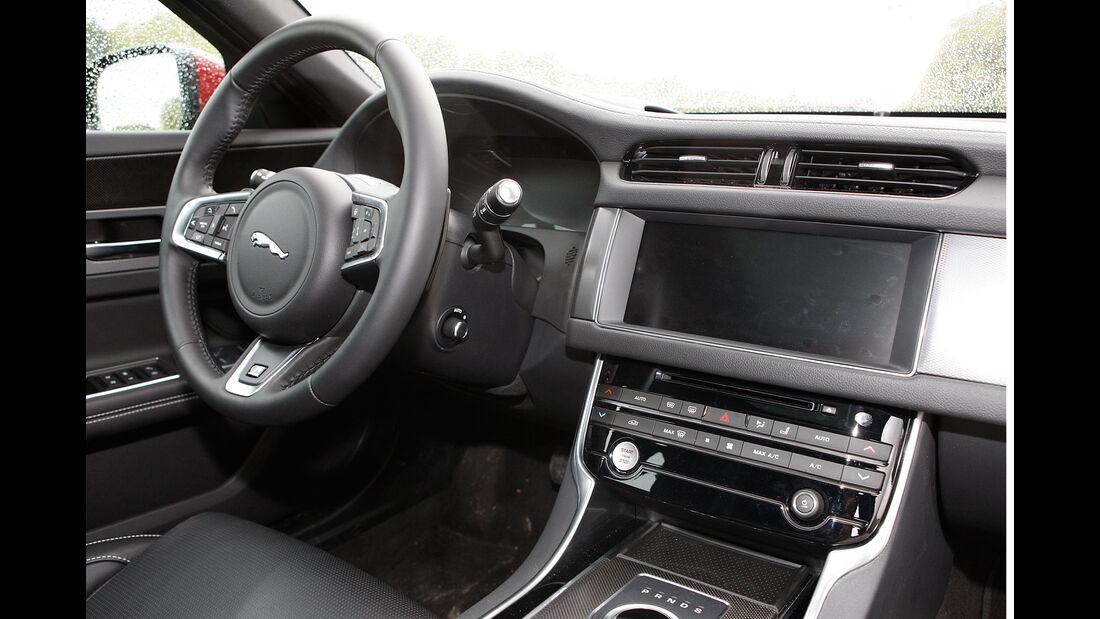 Jaguar XF 20d AWD (X260) - Limousine - Fahrbericht