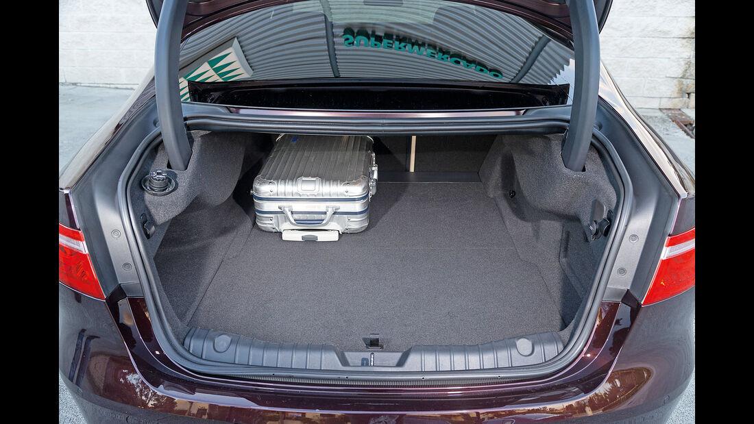 Jaguar XF 20d, Kofferraum