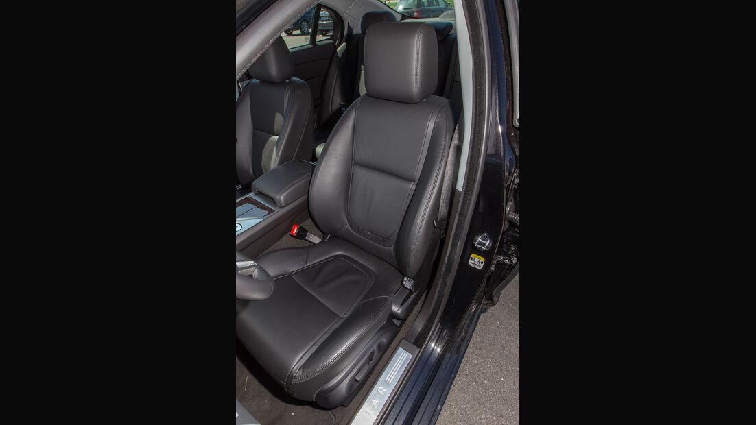 Jaguar XF 3.0 V6, Fahrersitz