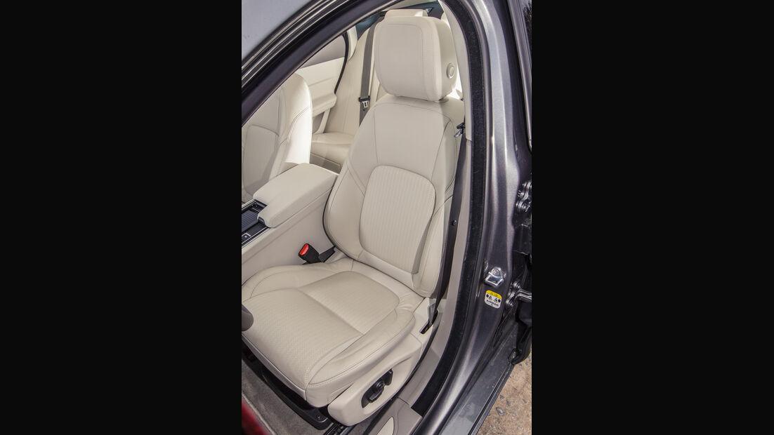 Jaguar XF 30d, Fahrersitz