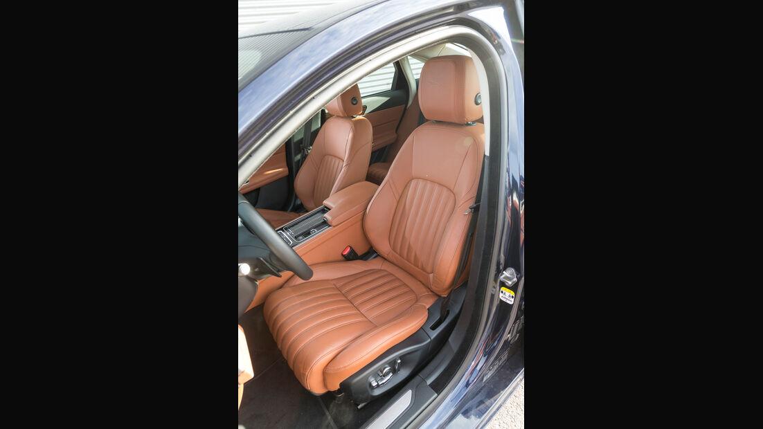 Jaguar XF 30d Portfolio, Fahrersitz