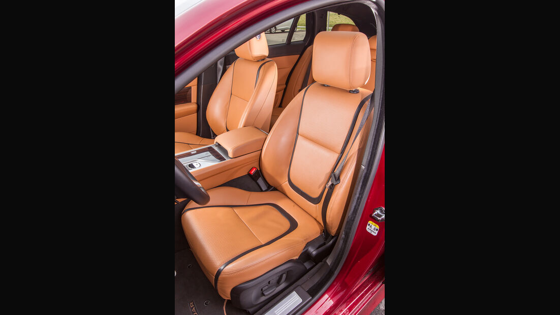 Jaguar XF Sportbrake 2.2 D, Fahrersitz