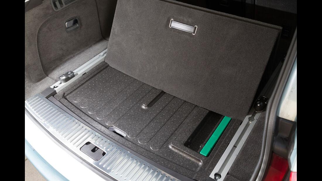 Jaguar XF Sportbrake 2.2D, Ablagefach, Kofferraum