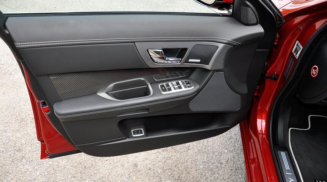 Jaguar XFR, Fahrertür, Innenverkleidung