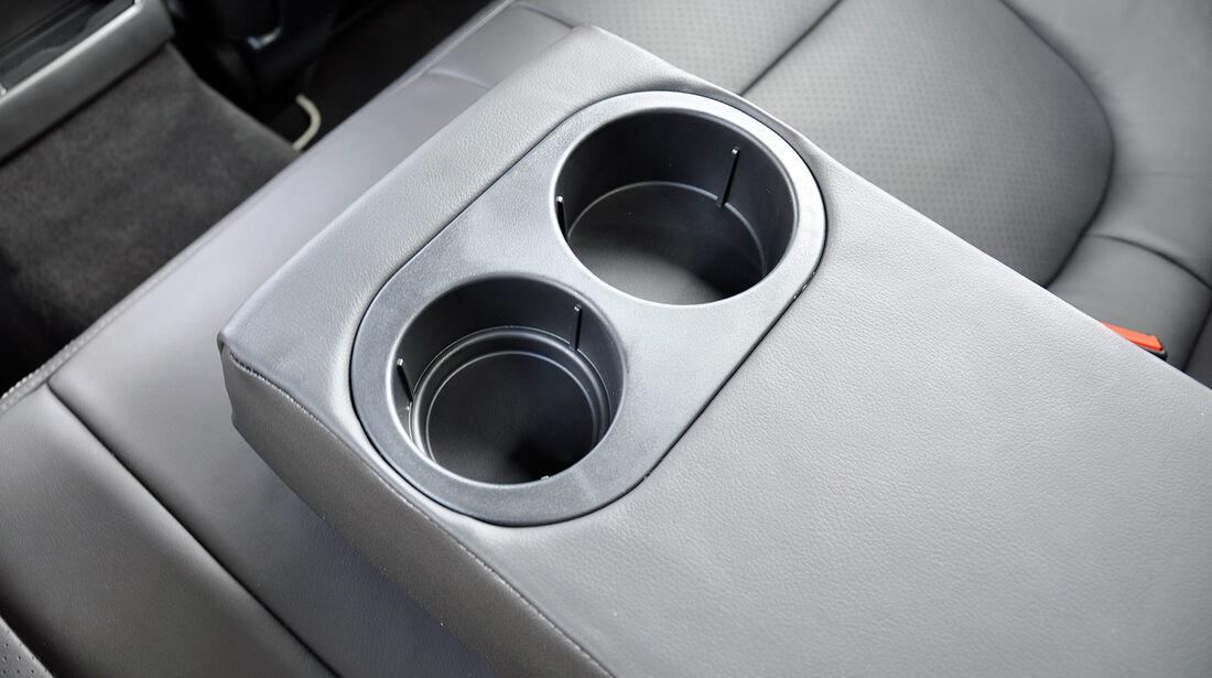 Jaguar XFR, Fond, Mittelarmlehne, Getränkehalter
