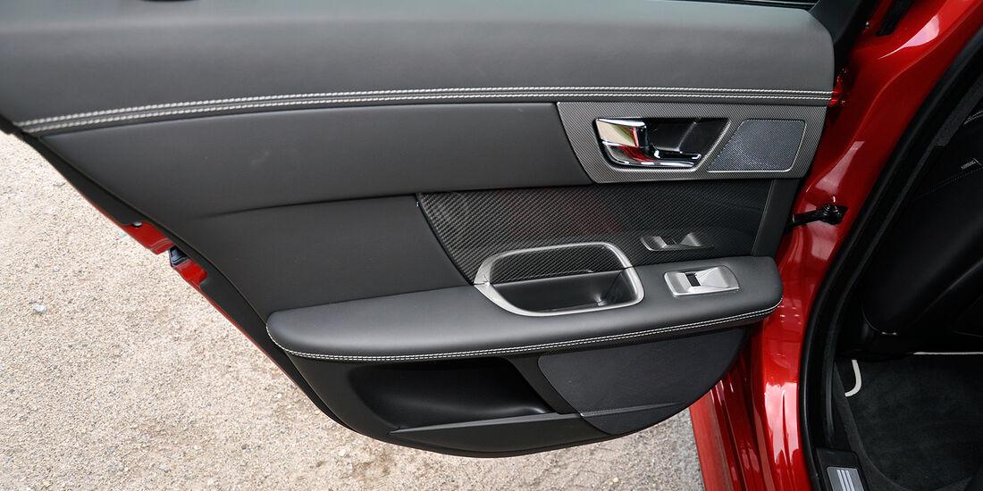 Jaguar XFR, Fondtür, Innenverkleidung