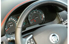 Jaguar XFR-S, Rundinstrumente