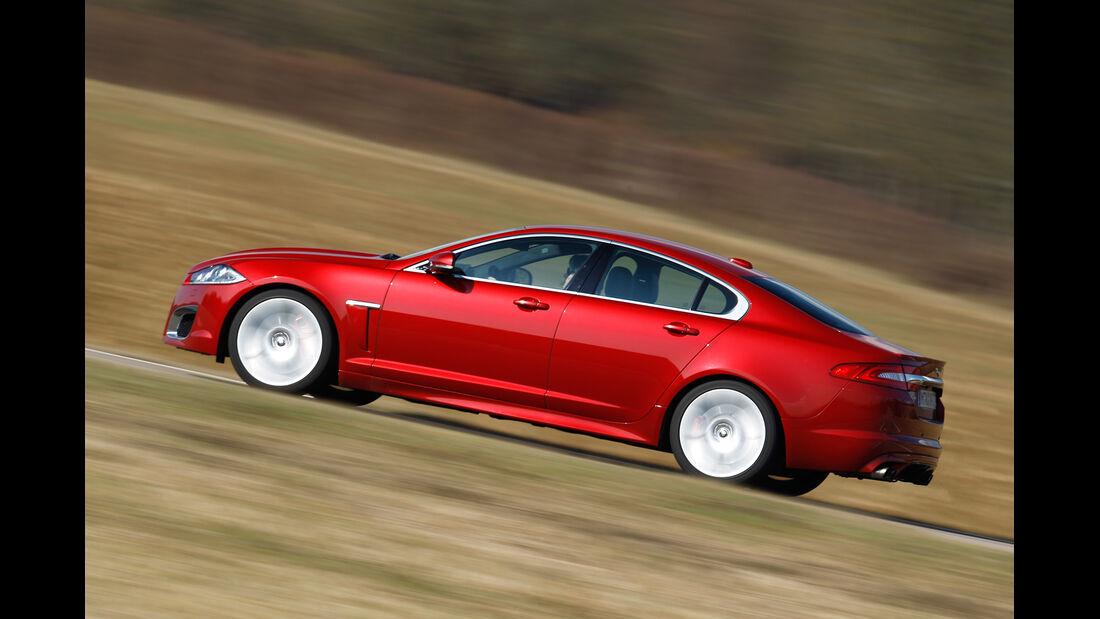 Jaguar XFR, Seitenansicht